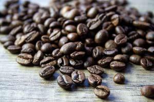 دانه قهوه بدون کافئین