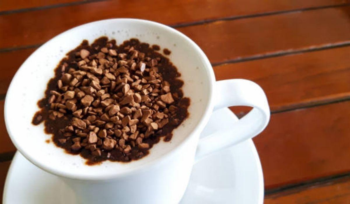 فنجان قهوه فوری